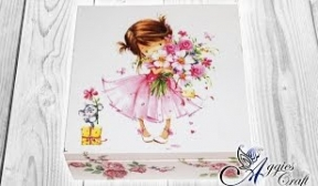 Decoupage with napkins on wooden box - Little princess