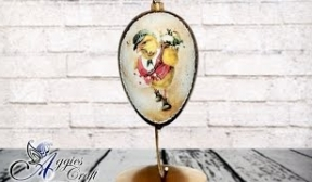 Decoupage Tutorial - Easter Egg with Metal Flakes