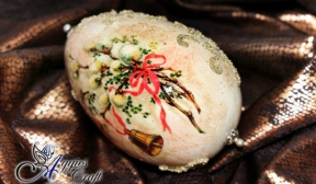 Decoupage Tutorial - Easter Egg with Caviar Beads