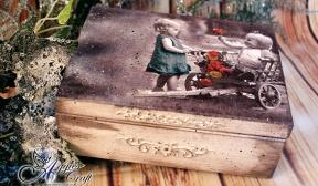 Vintage box with children